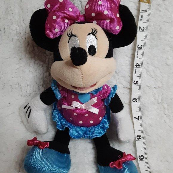 Minnie Mouse stuffie